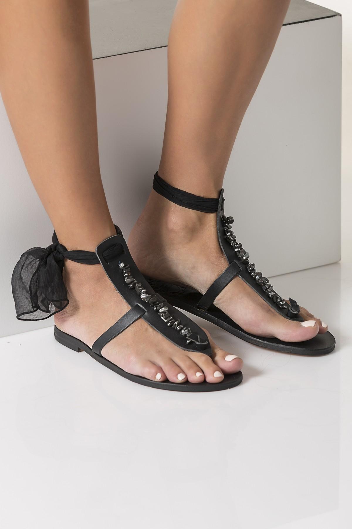 black sandals for wedding