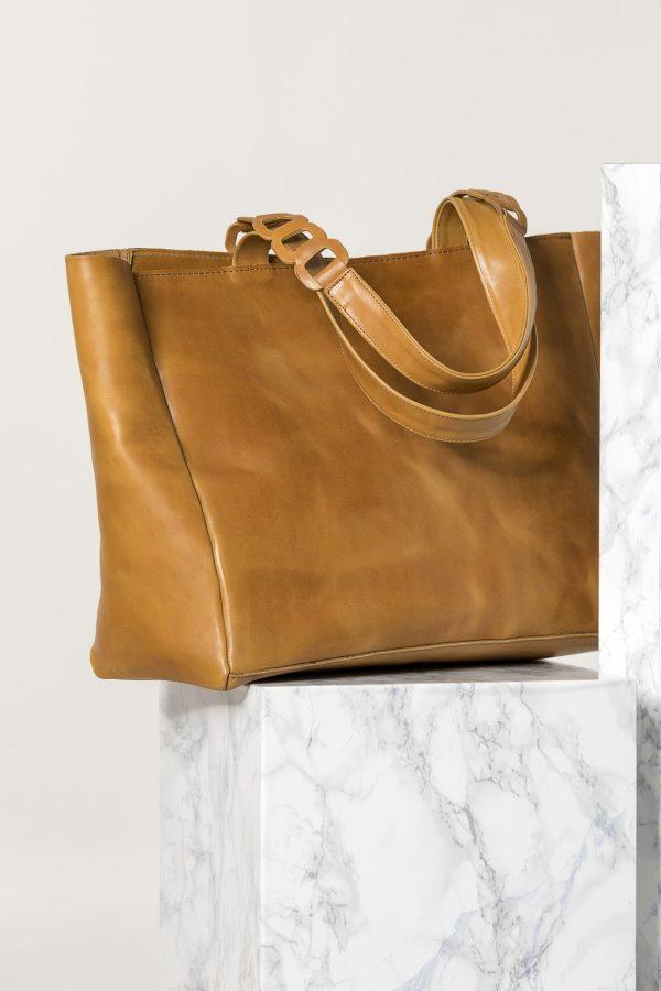 tan leather large bag