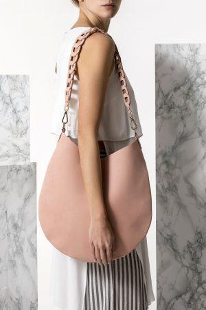 Δερμάτινη τσάντα ώμου nude