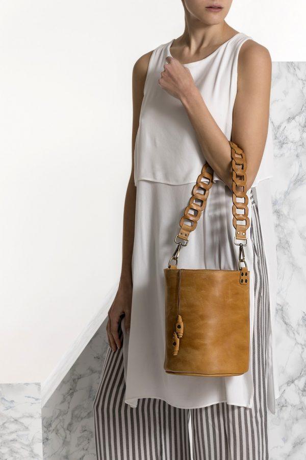 Ταμπά δερμάτινη τσάντα