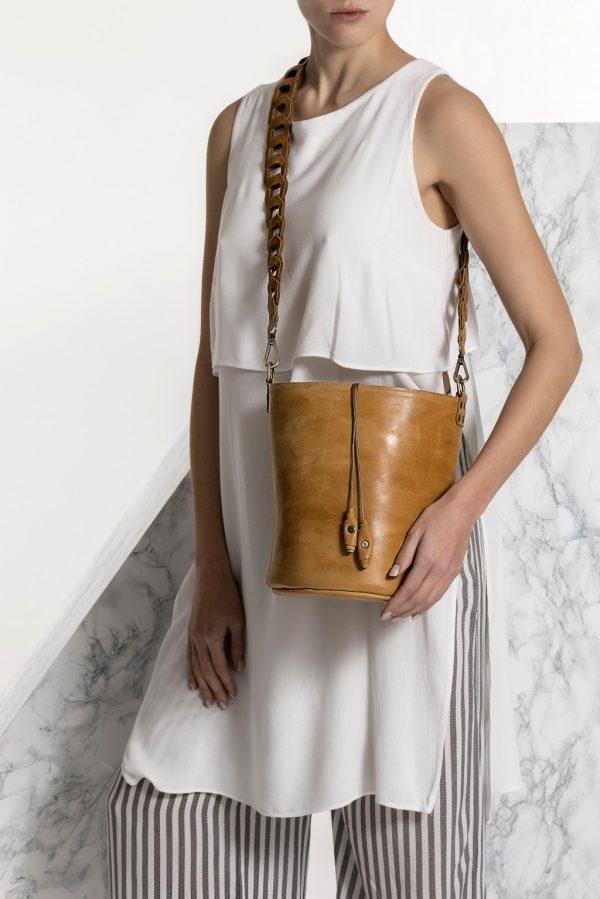Ταμπά τσάντα γυναικεία