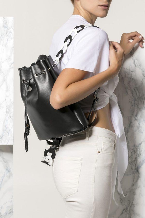 Γυναικείο backpack από δέρμα