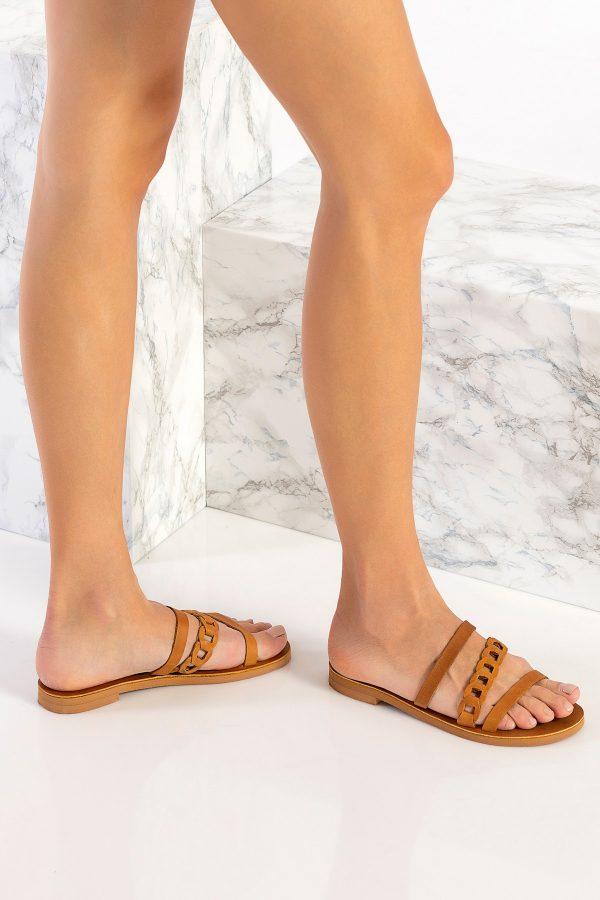 Women Flat Sandals Brown