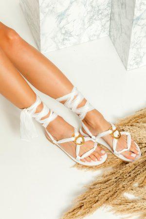 Νυφικά λευκά σανδάλια