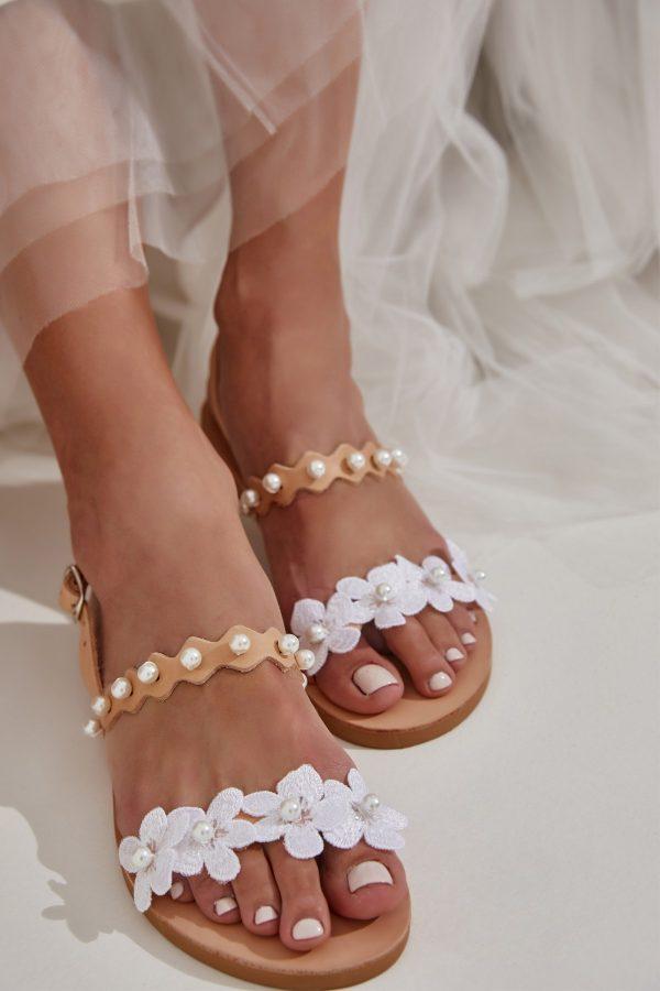 Νυφικά σανδάλια από δέρμα