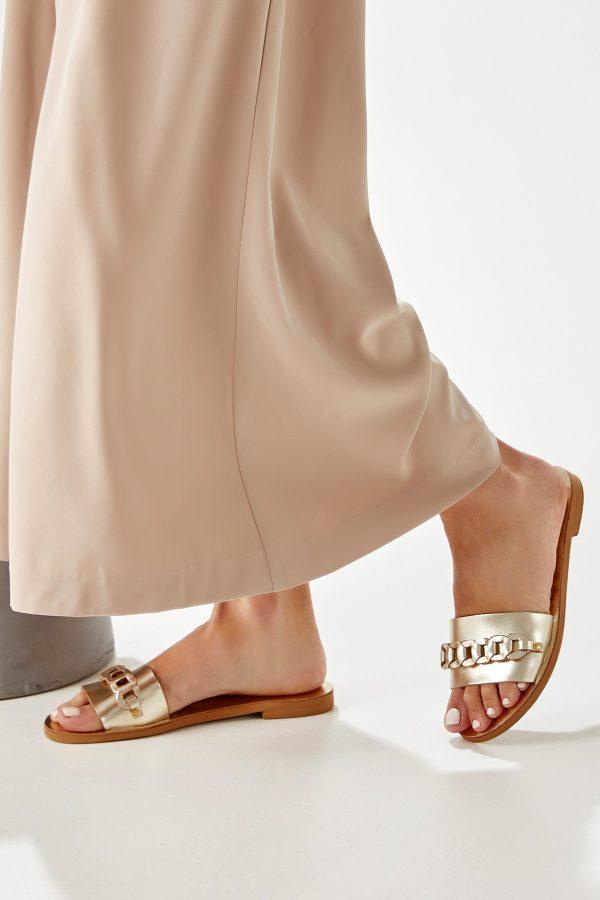 Flat Sandals Gold