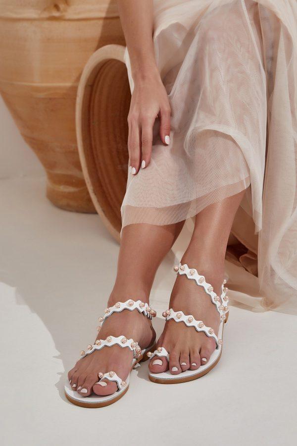 Δερμάτινα σανδάλια για νύφη