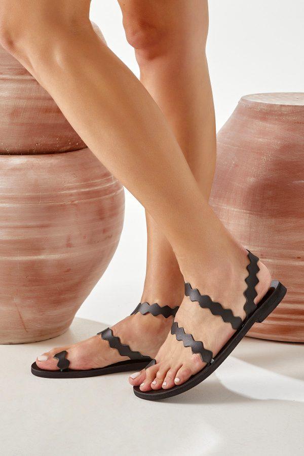 Ring Sandals Black