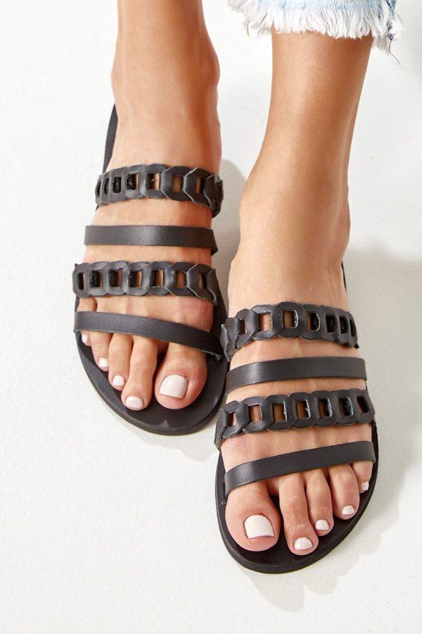 Μαύρα σανδάλια από δέρμα