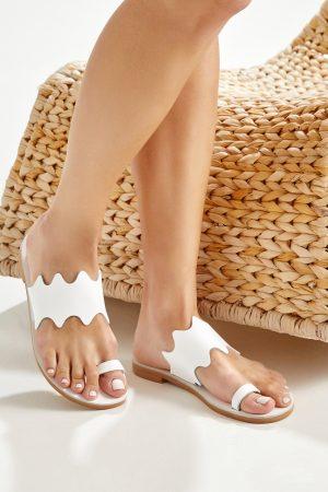Γυναικεία σανδάλια λευκά